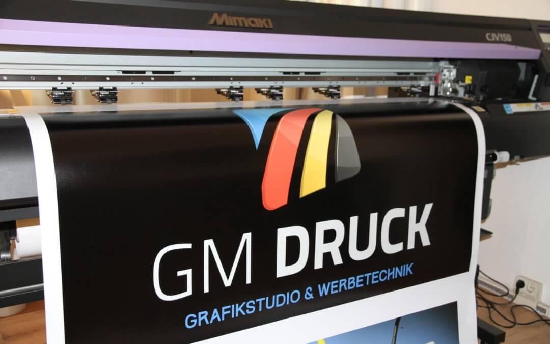 Flyer drucken mit GM Druck – Ihre Digitaldruckerei in Halle