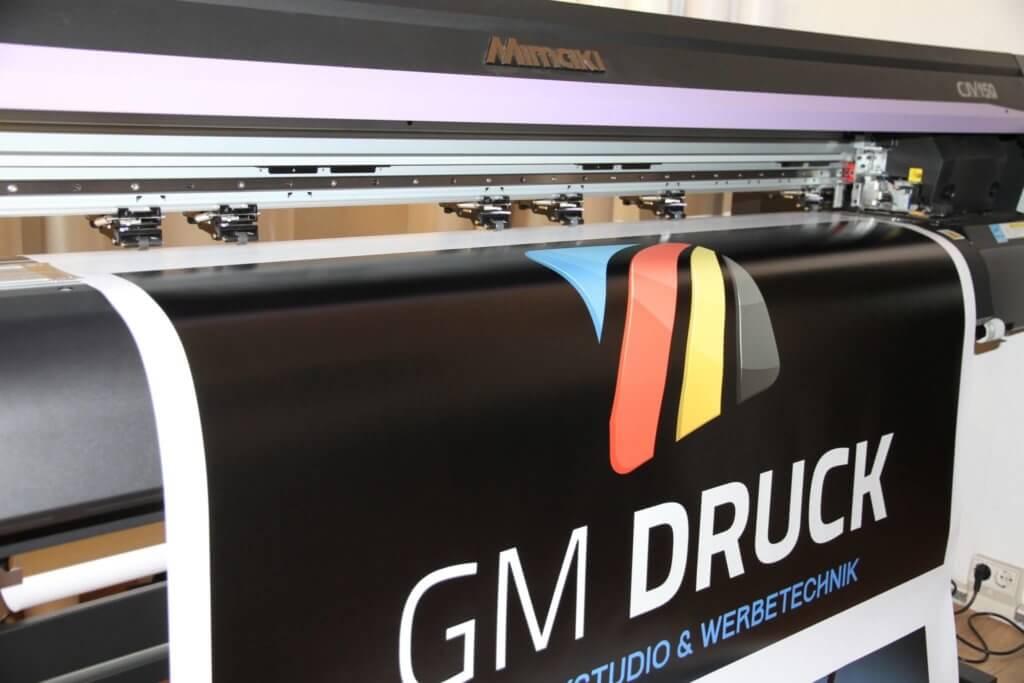 Flyer drucken mit GM Druck - Ihre Digitaldruckerei in Halle